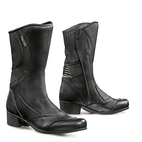 Forma Diamond Ladies Boot