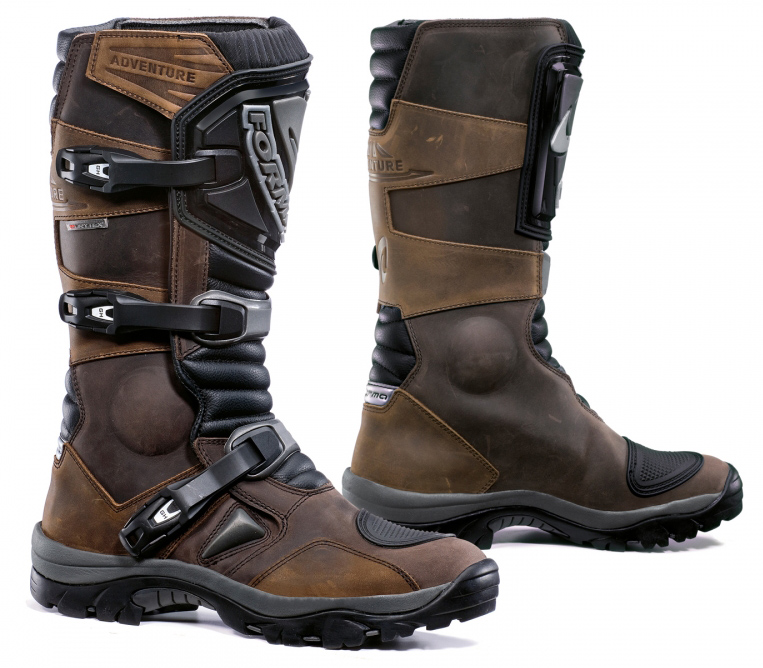 Forma Adventure Boot in Brown or Black